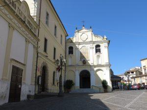 La Piazza Al Centro Di Lamezia Con La Lapide In Memoria Di Elvidio Borelli