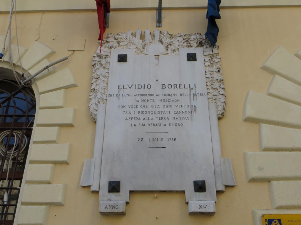 Lapide In Memoria Di Elvidio Borelli A Lamezia