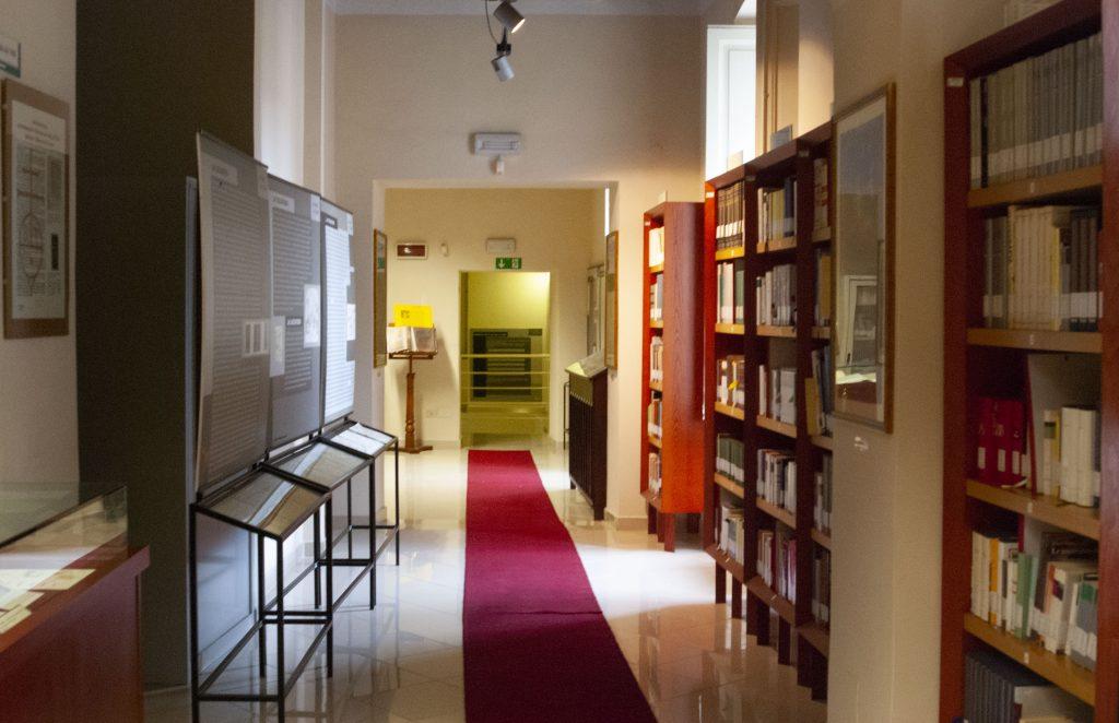 Casa Libro Antico Biblioteca