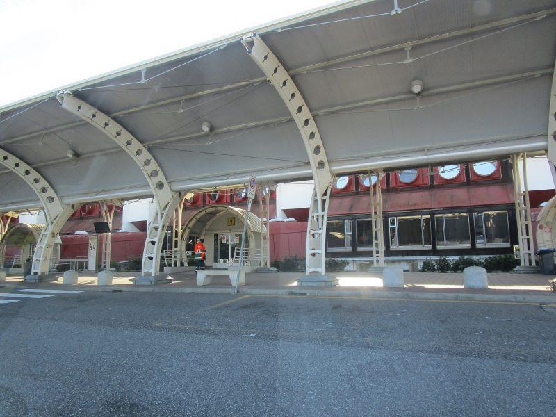 Aeroporto Lamezia-ingresso