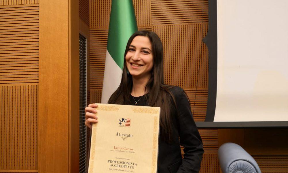 Universita- Laura Curcio durante la premiazione alla Camera