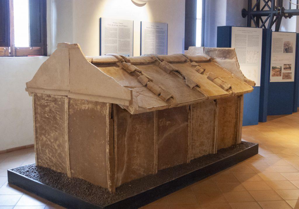 Terina Tomba san sidero esposta al museo
