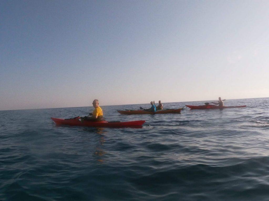 il tour in kayak lungo la Riviera dei cedri