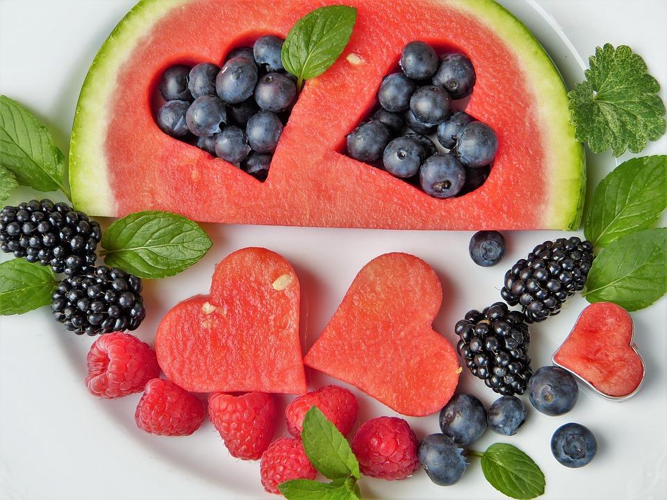 Anguria e frutta buona per la dieta