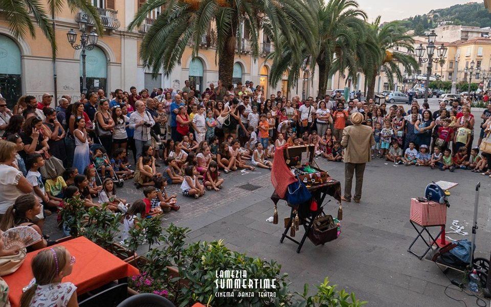 Il Teatro spettacolo in strada