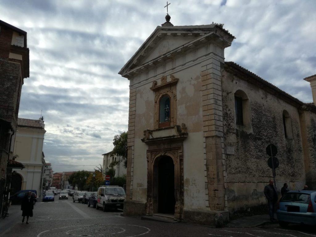 facciata esterna della chiesa