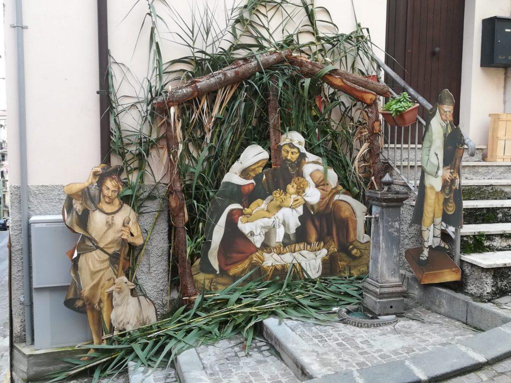la Nativita realizzata all'ingresso della chiesa