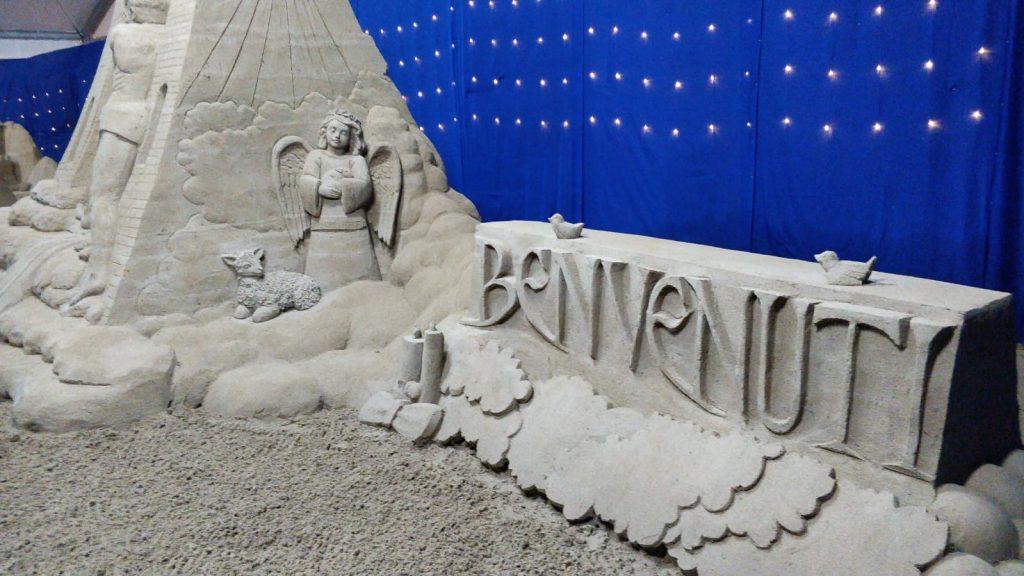 Presepe Di Sabbia con Angelo all'ingresso