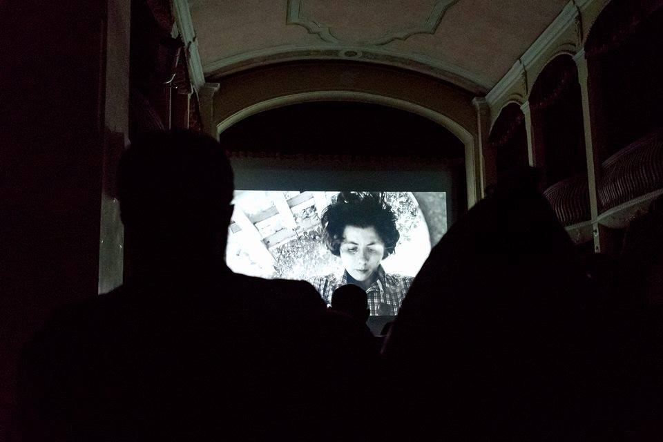 Un Momento Di Una Proiezione Del Cinema Di Una