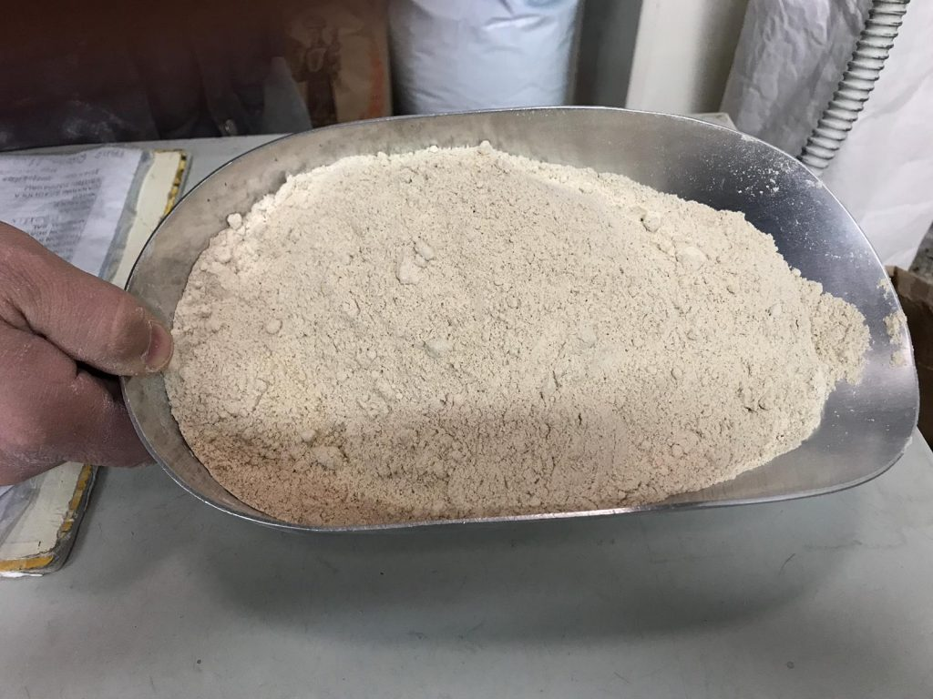 Farina di castagne per fare dolci