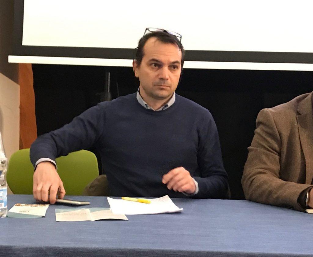 Antonio Curcio (AIB) all'incontro sulle biblioteche