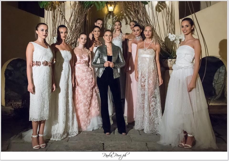 mascherine e la sfilata di abiti da sposa