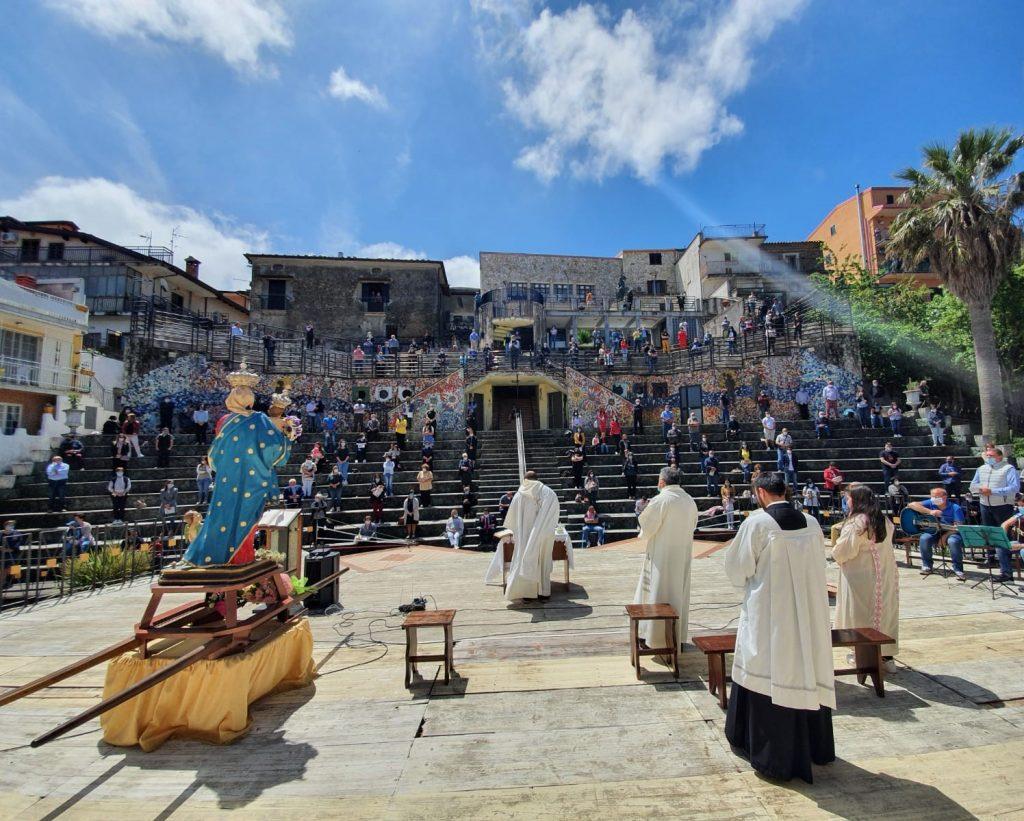 Messa in onore della Madonna della Buda