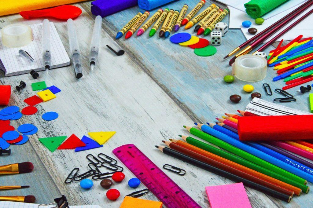 Scuola Matite Colorate