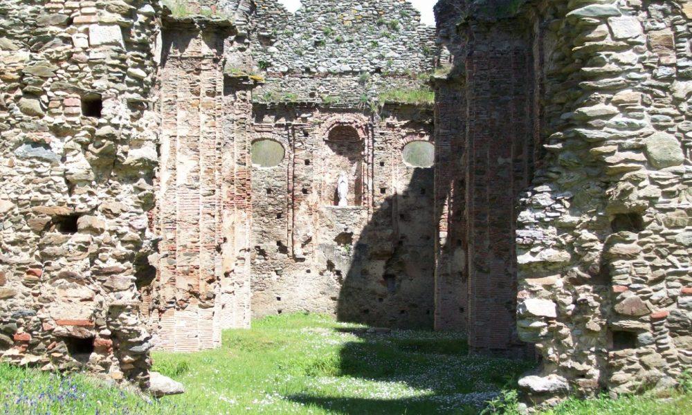 Abbazia Di Corazzo La Chiesa