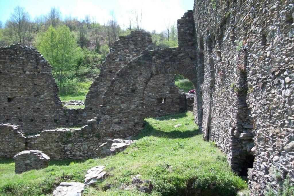 I Contrafforti Del Lato Nord Dell'abbazia