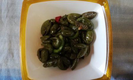 Olive Schiacciate Pronte Da Gustare