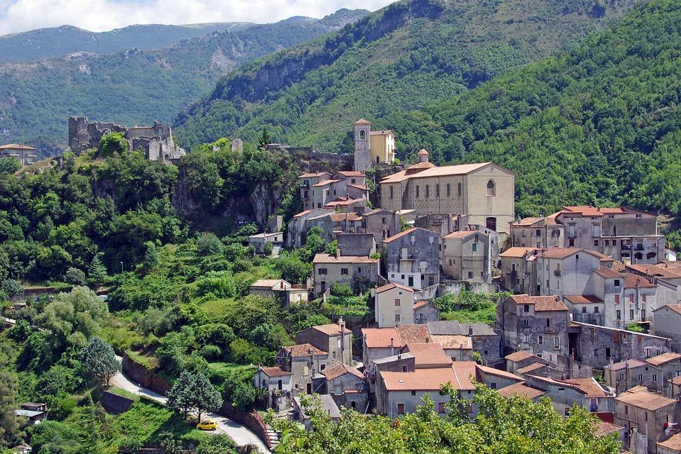 Antico Borgo Montano