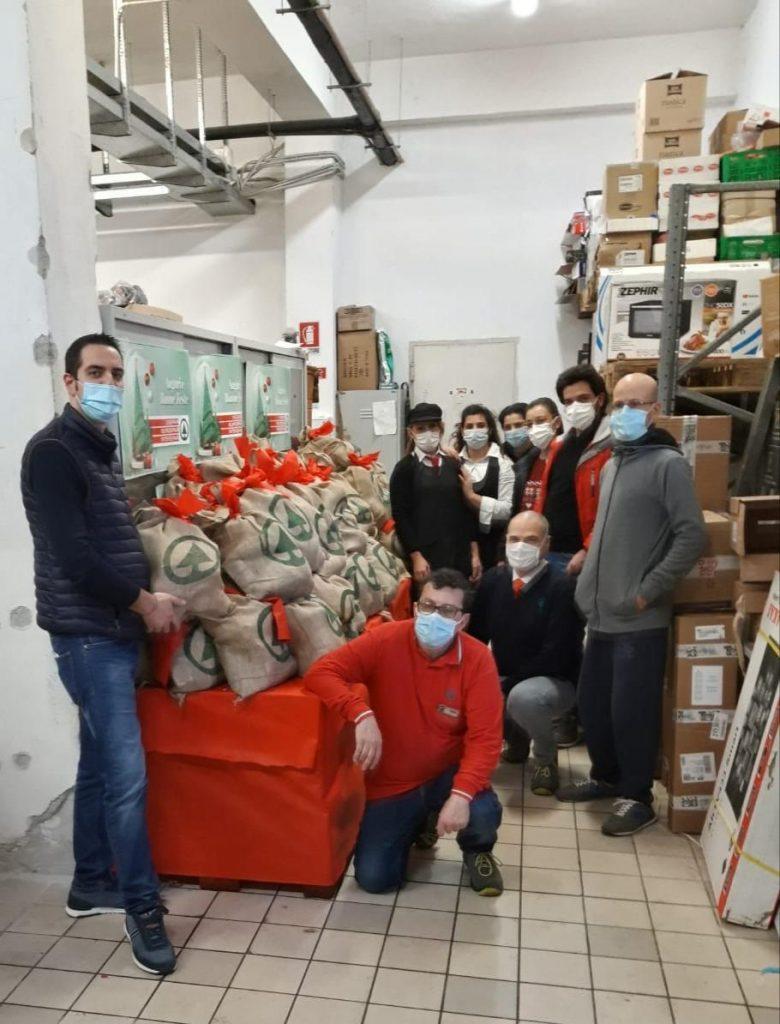 """Caritas Despar1 preparazione """"Sacchi della Solidarietà"""""""