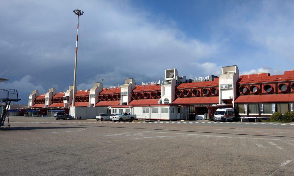 Aeroporto Lamezia Terme Scaled