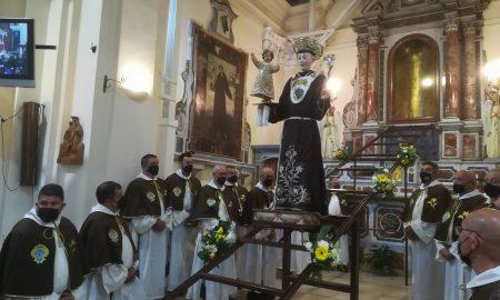 Sant'antonio Esposto Alla Venerazione Dei Fedeli