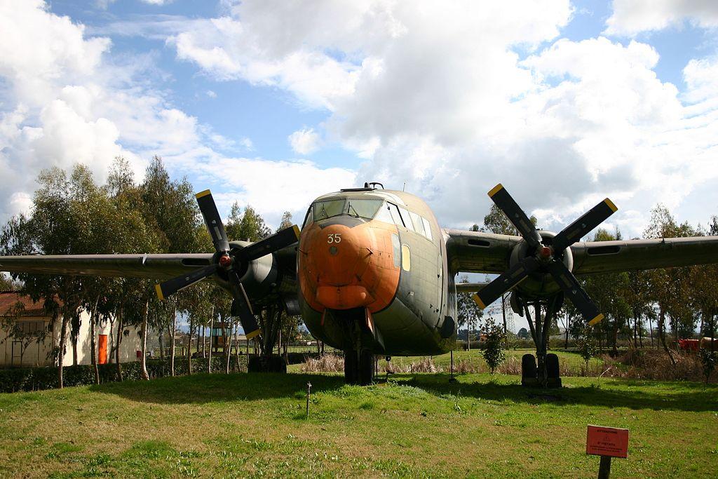 museo delle orme di Piana - aereo del Museo
