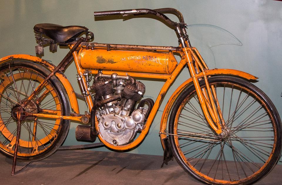 il museo della terra pontina - vecchio modello di bicicletta