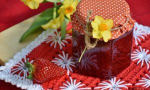 marmellata di fragole - Fragole in barattolo