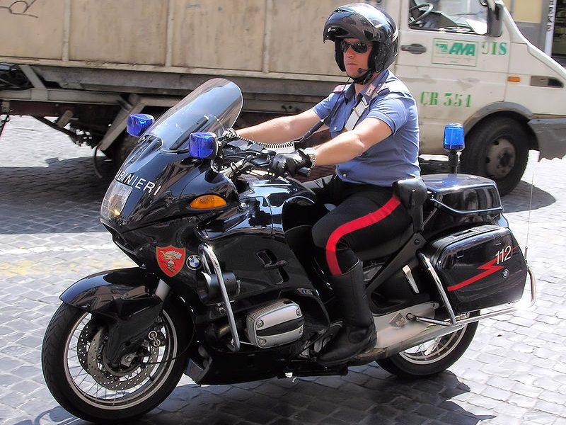 Carabinieri - foto di Carabiniere In Moto