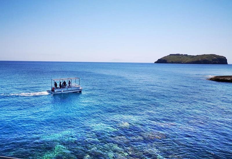 Ventotene - Ventotene dal mare