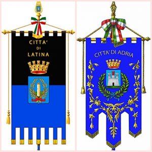 Gemellaggio Latina Adria - Gemellaggio con stendardi