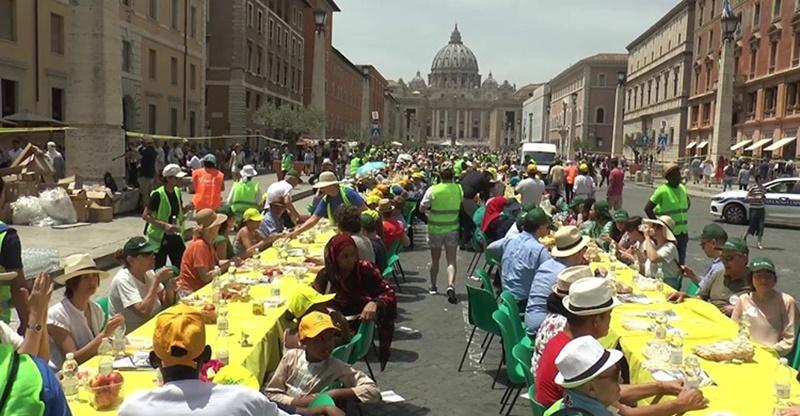 "La ""Tavolata italiana senza muri"" - Tavolata A Roma"