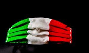 Nuove regole per Latina - foto di mascherina tricolore