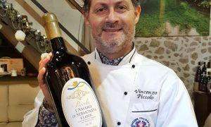 Vincenzo Piccolo - lo chef con una sua creazione