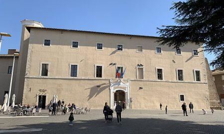 Nuovo centro di Unità di Cure Primarie - Cisterna Di Latina con foto storica