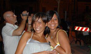 Notte Bianca a Latina - due ragazze a spasso
