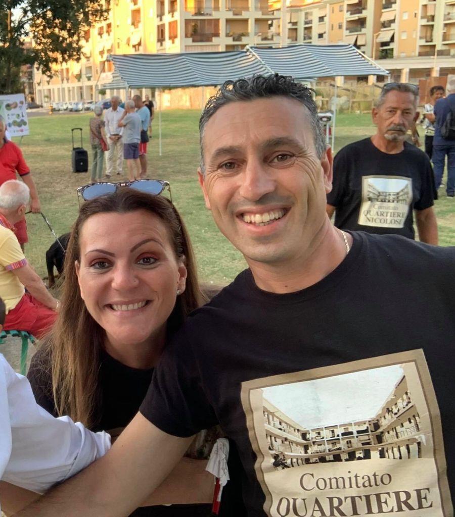 Pamela Cartolano - Comitato Di Quartiere con la maglietta