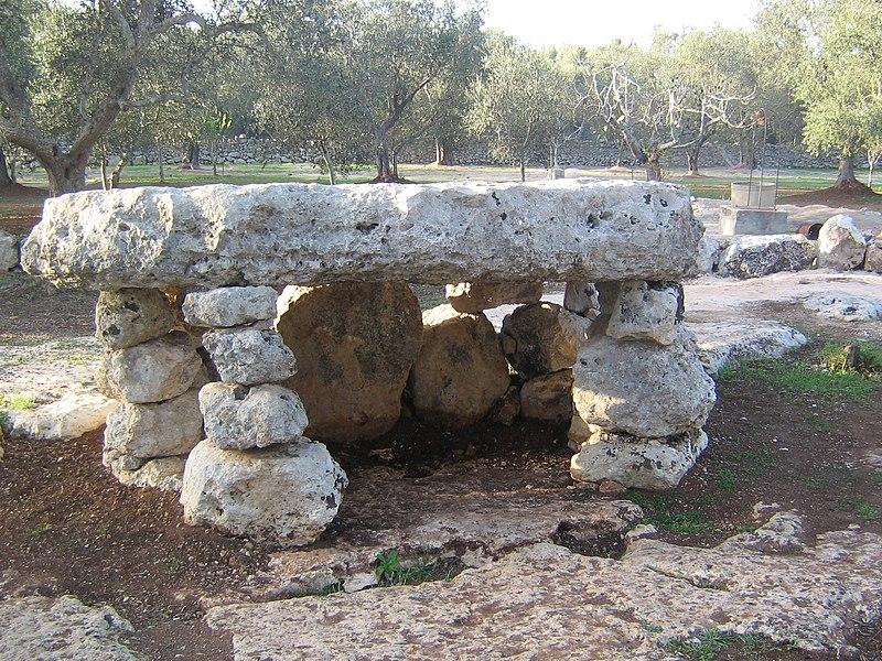 dolmen menhir salento