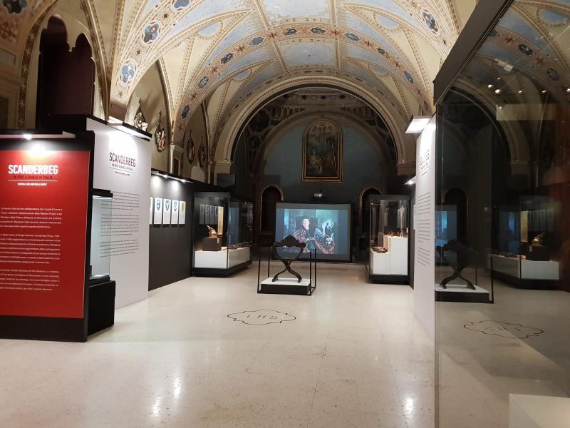 Centro Di Lecce - una delle sale del museo sigismondo