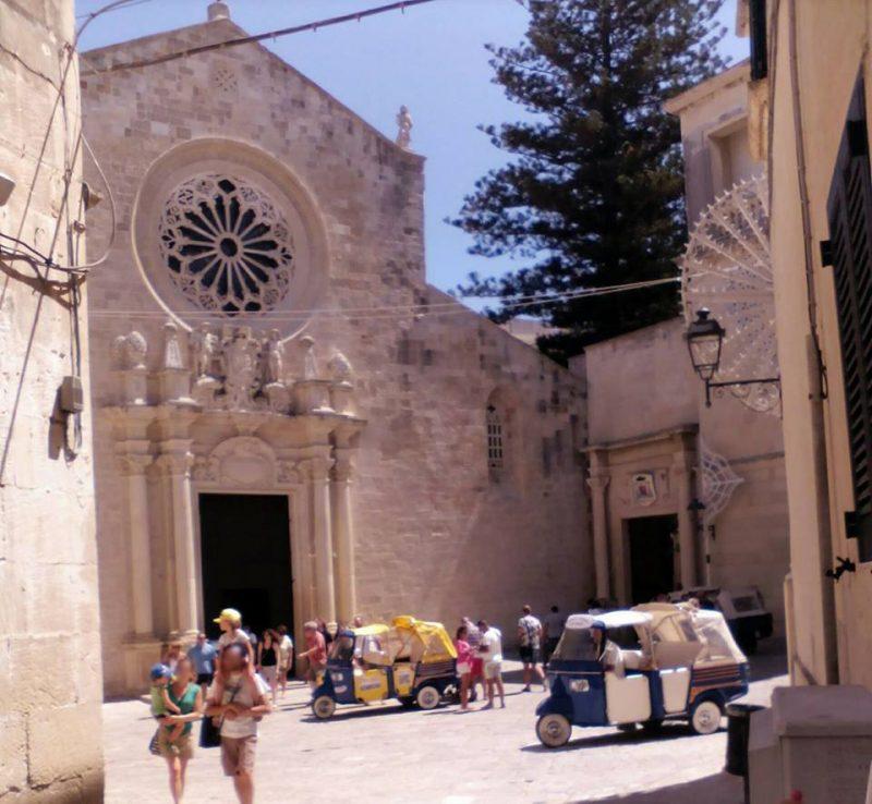 Mosaico Di Otranto - facciata della cattedrale
