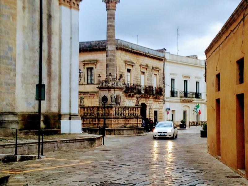 Borgo Di Presicce - entrata in piazza