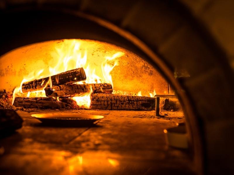 Puccia Leccese - forno a legna