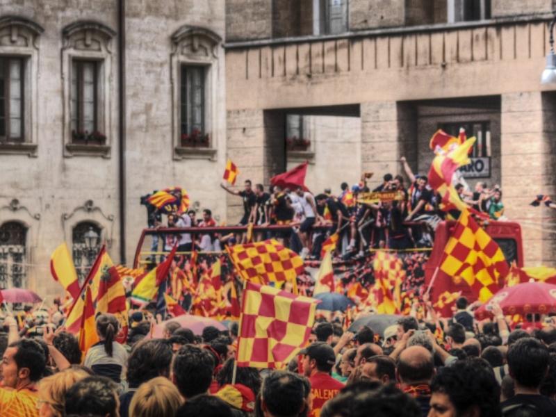 La festa giallorossa per il Lecce in Serie A