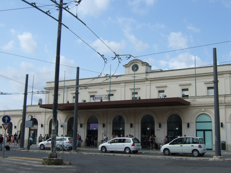 Stazione Di Lecce Per Arrivare Nel Salento - trasporti