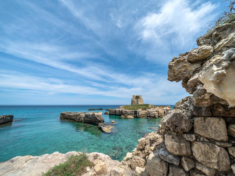 Foto di Alfonso Zuccalà con Torre di Roca e Mare Cristallino