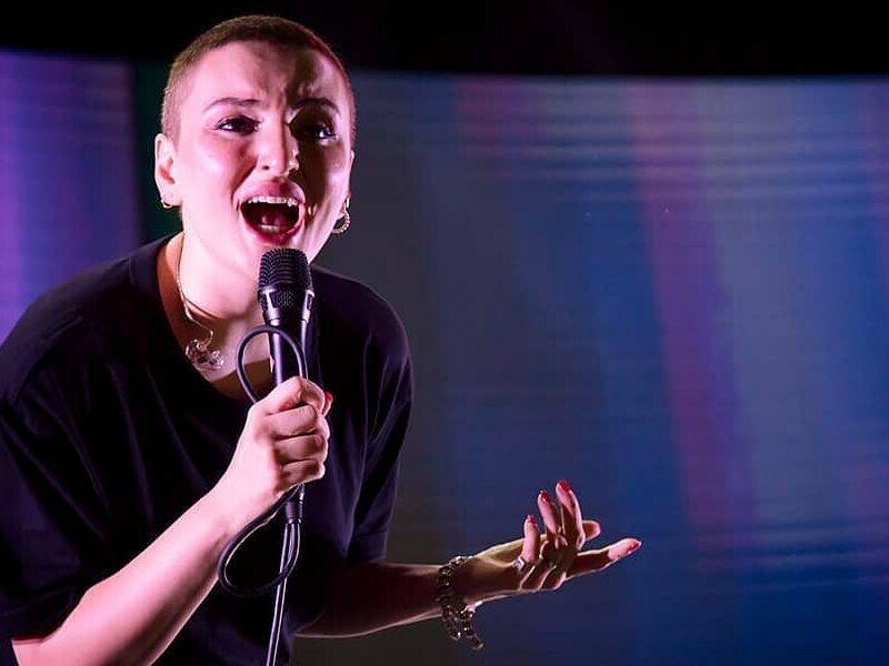 Arisa canta In un Concerto A Magliano Una Foto Di Uno Dei Suoi Live