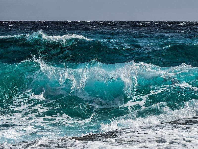 Bottiglia Naviga In Mare - onde blu