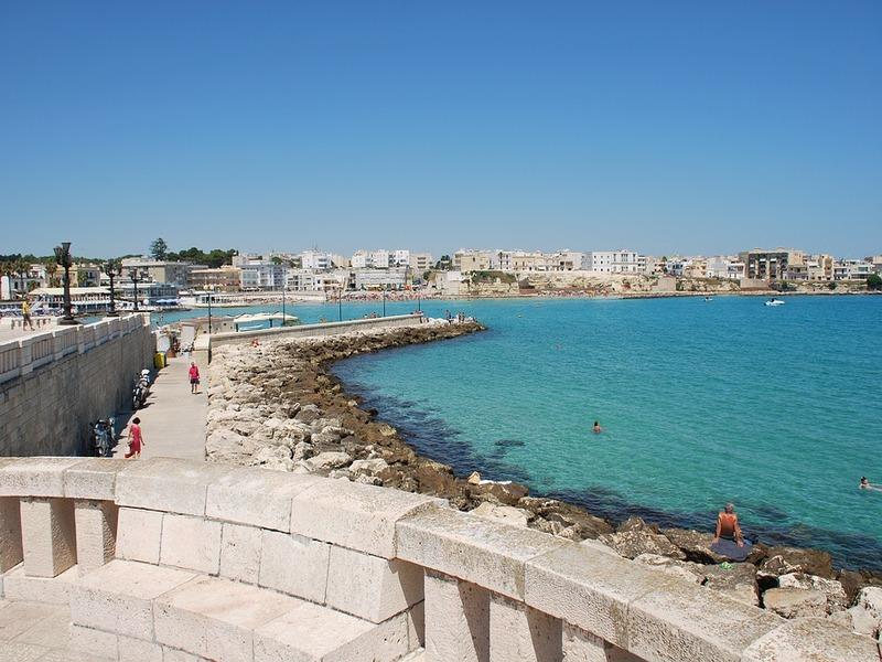 Panorama affacciandosi dalle mura del Castello di Otranto