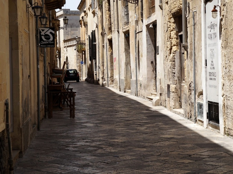 Una via di Lecce a settembre
