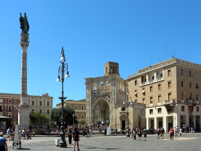 Piazza Centrale Di Lecce